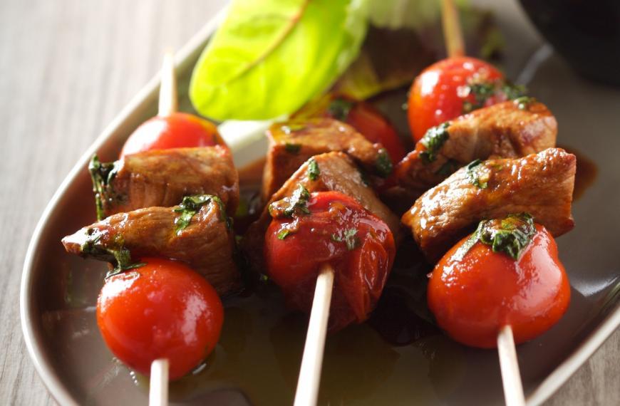 Read more about the article Mini-brochettes de veau aux tomates cerises
